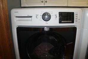 7 month old front load washer and dryer