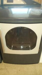 Like New Washer dryer Retail over 2800 EXCELLENT
